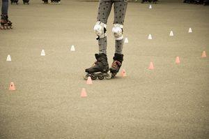 Inline-skating slalom
