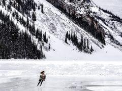 Waarom kun je sneller schaatsen op hoogte?