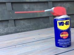 Kun je de lagers van je skeelers smeren met WD-40?